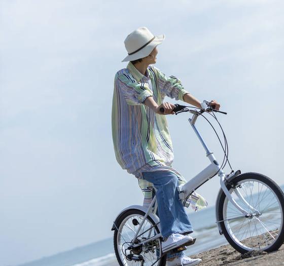 レンタル自転車で海岸線をお散歩!