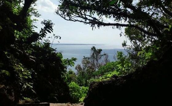 三庫理(サングーイ)から見える久高島