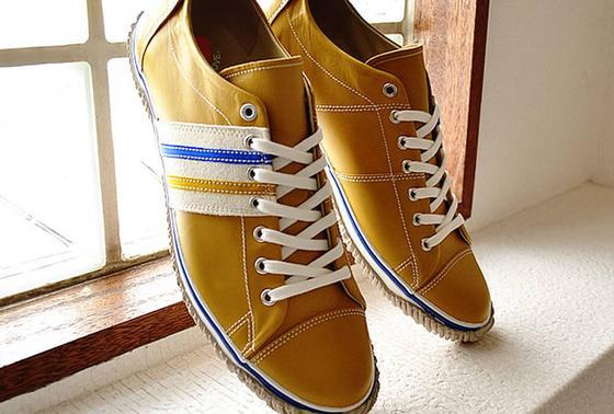 手作りの靴屋さん(^○^)