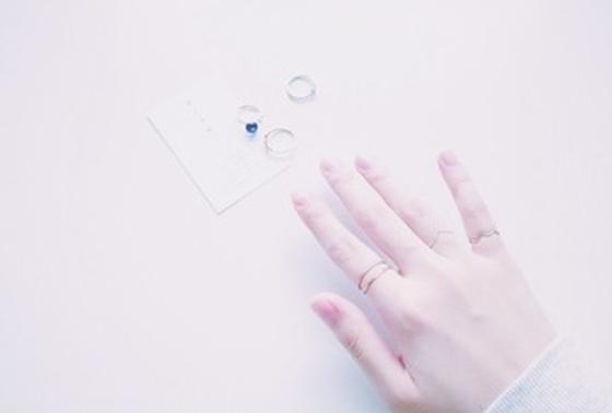 グラム 指輪