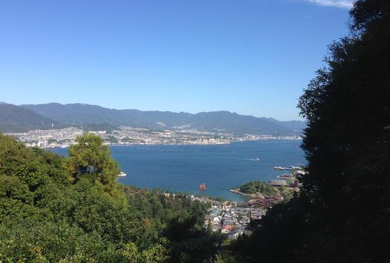 山頂から見渡す瀬戸内海