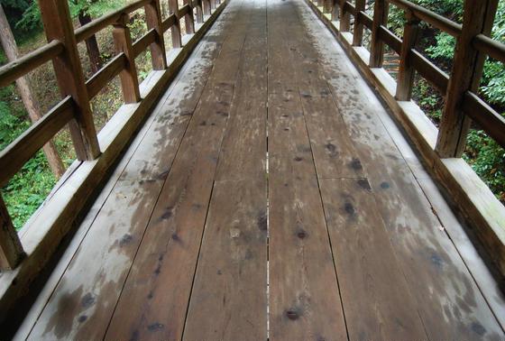 年季ものの橋
