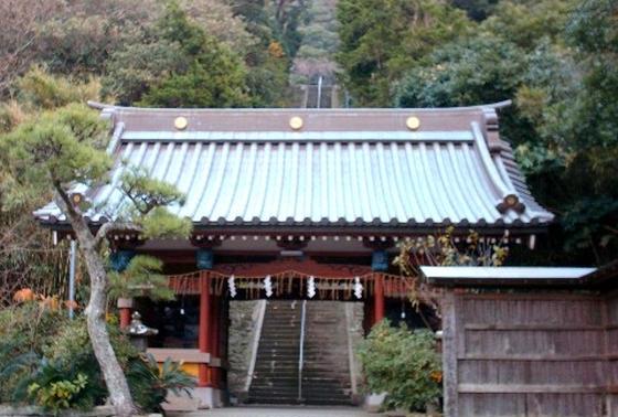 随神門と148段の石段