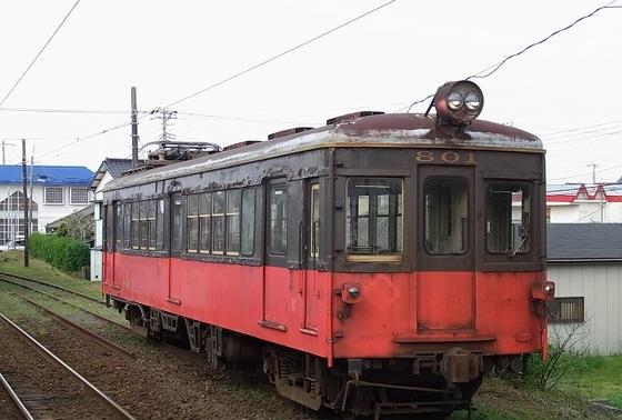 デハ801
