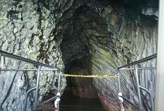 イカ丸、洞窟へ