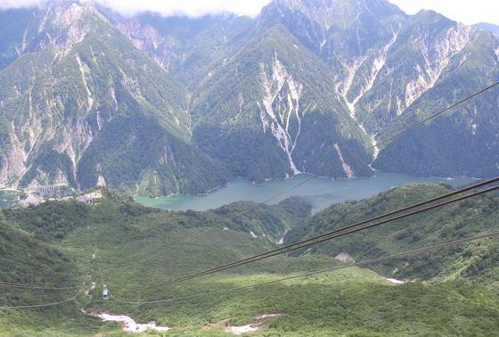 北陸の山脈。