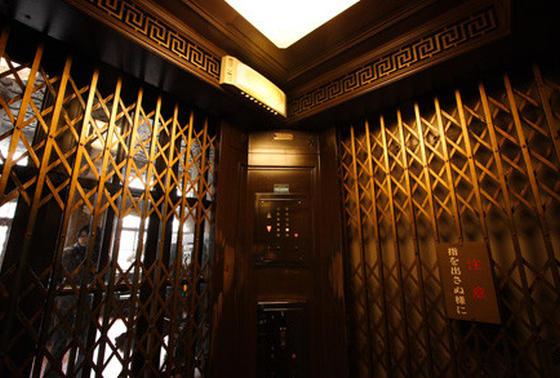 日本一古いエレベーター