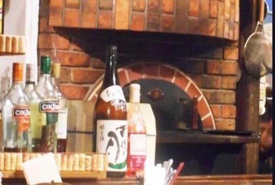 石窯で焼くピザも絶品♡