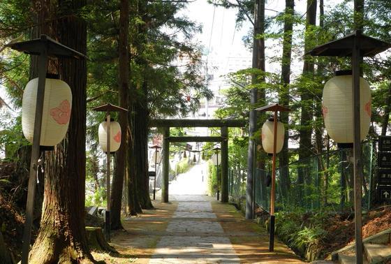 東山白山神社