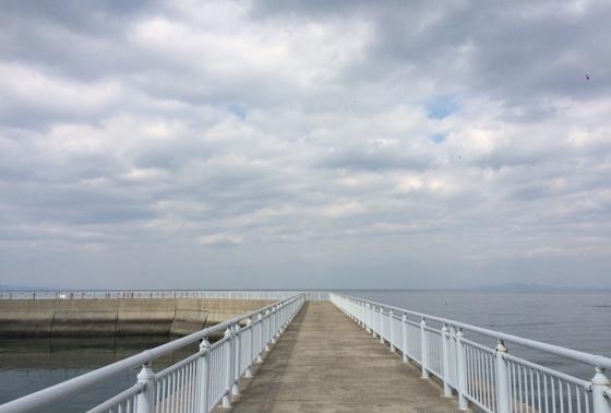 桟橋を散歩