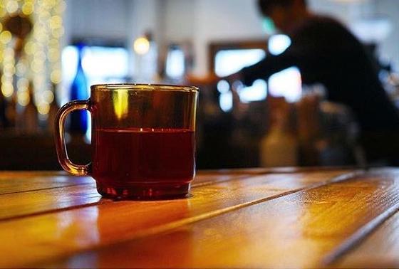 バリスタが淹れるコーヒーが言うまでもなく美味い