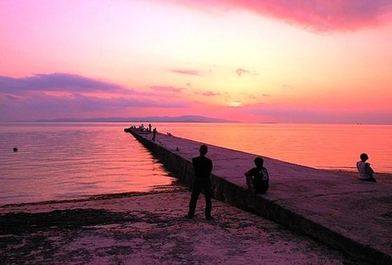 夕陽が沈む時