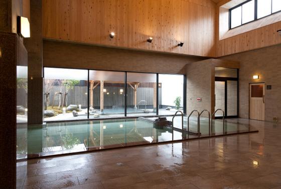 内湯と露天風呂があります