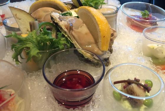 スミレプレート(色々な海の幸と、お野菜)