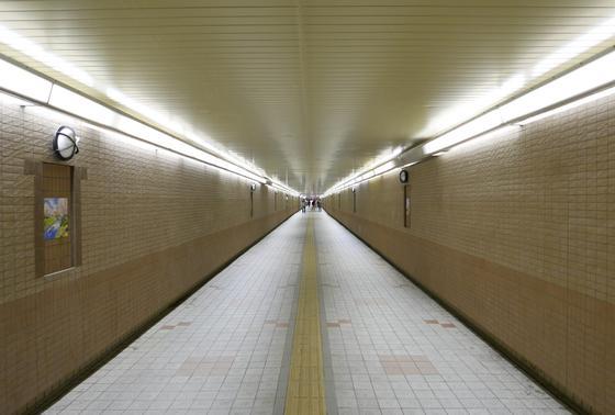 南北の地下通路