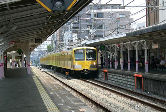 電車の入線風景