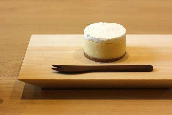 こだわりの詰まったチーズケーキをどうぞ