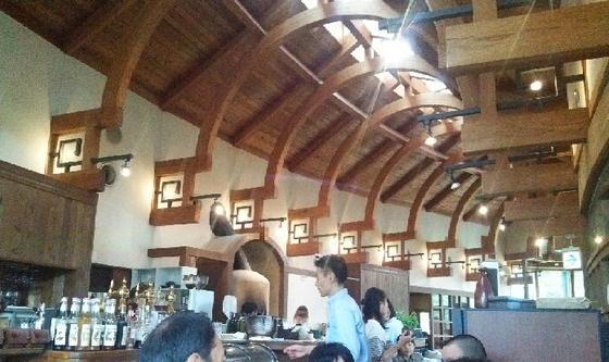 雪国発カジュアルレストラン「タベルナ・ゴッツォ」