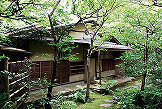 根津美術館 庭園内の茶室