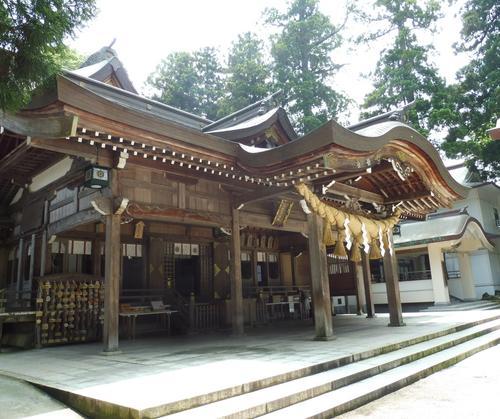 石川県【縁結びの白山比め神社+α】で楽しいお参りを…!
