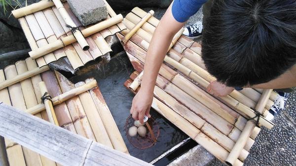 菊の湯たまご(温泉卵)作りにチャレンジ