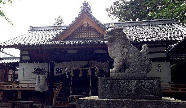 真田神社とこま犬