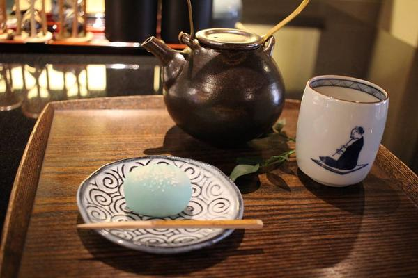 和菓子とお茶のセット