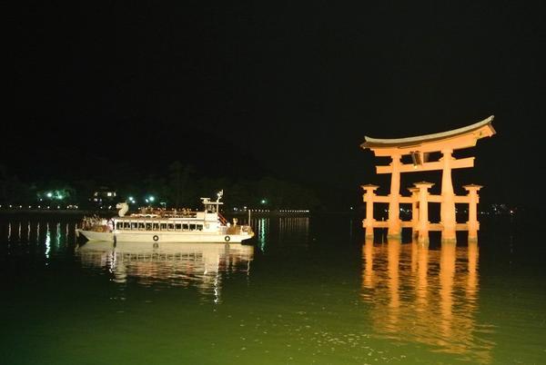 夜の宮島観光