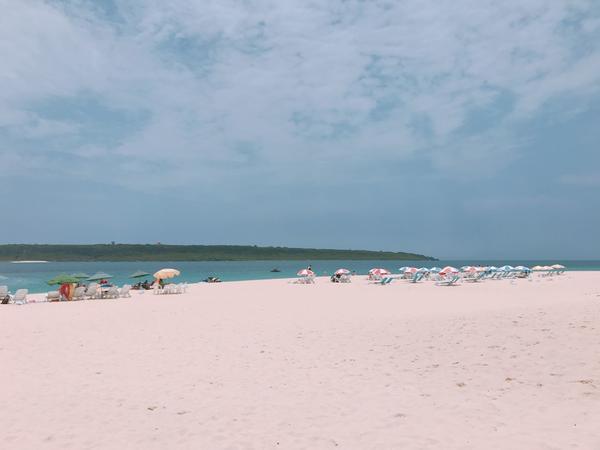 白砂のビーチが7キロにも及びその美しさは圧巻です♪