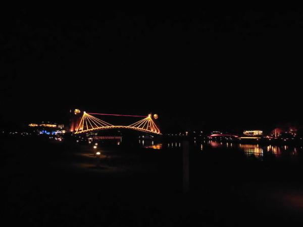 夜景も美しく