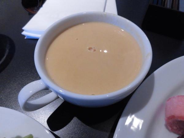 スープやコーヒーも
