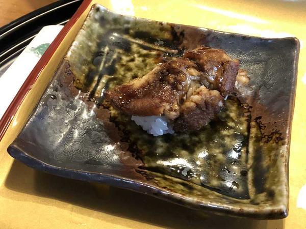 穴子寿司は絶品です。是非食べてみます。