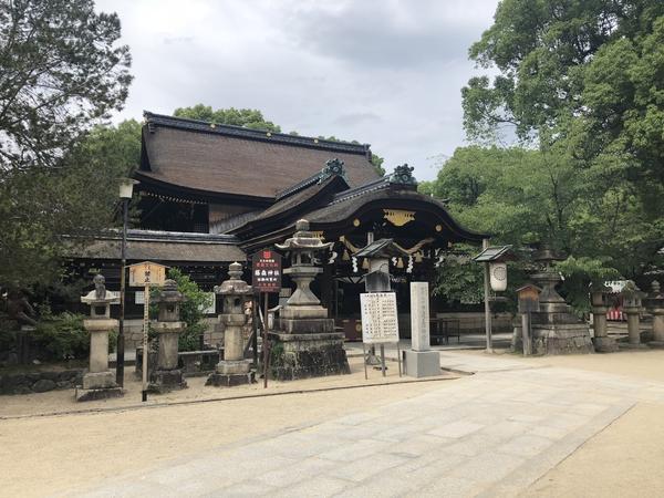学問と馬の神社