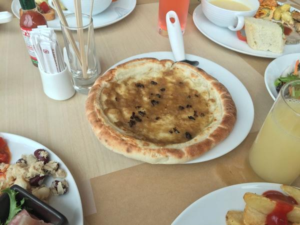 ピザは焼きたてが食べれる!