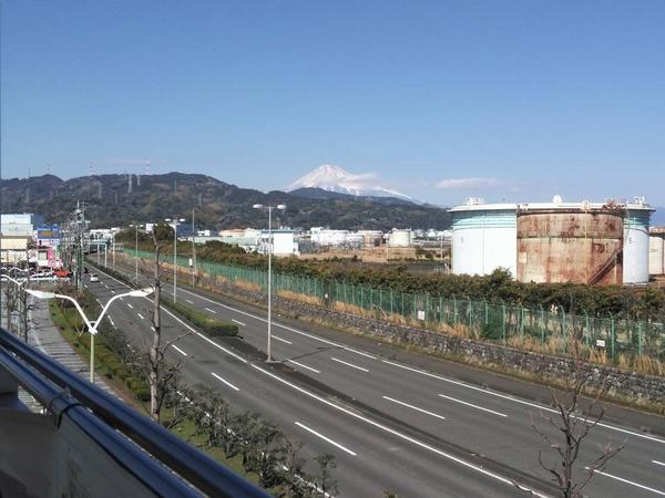 JR清水駅から望む富士山🗻