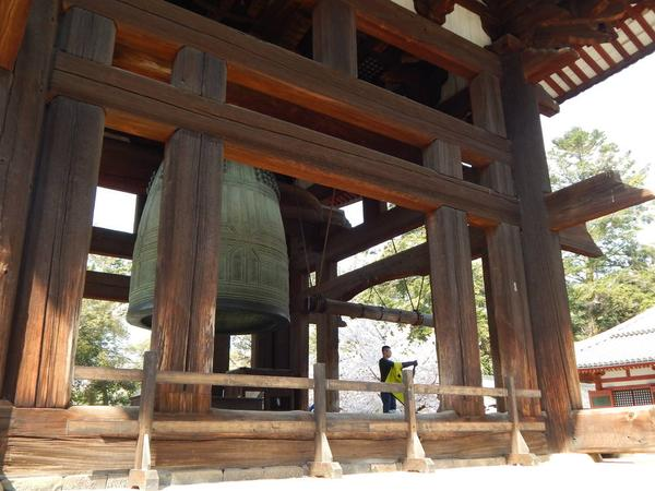 鐘楼「奈良太郎」