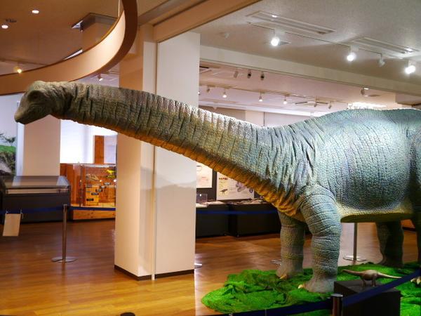 恐竜のロボット