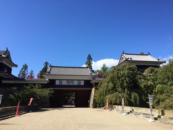 【3】 東虎口櫓門(ひがしこぐちやぐらもん)
