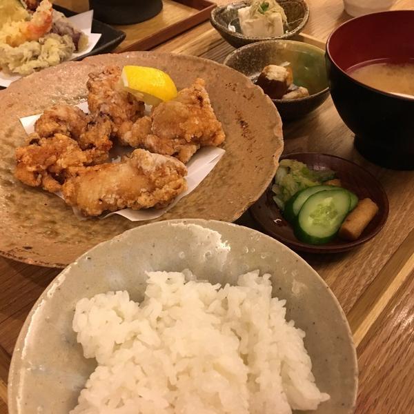 若鶏の竜田揚げ定食¥880