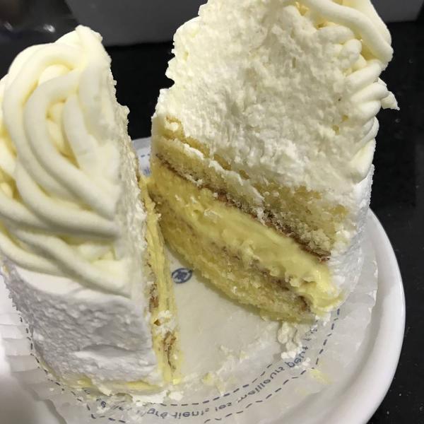 スポンジもケーキ仕立て
