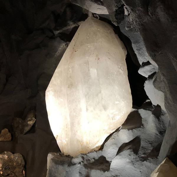 大きな水晶