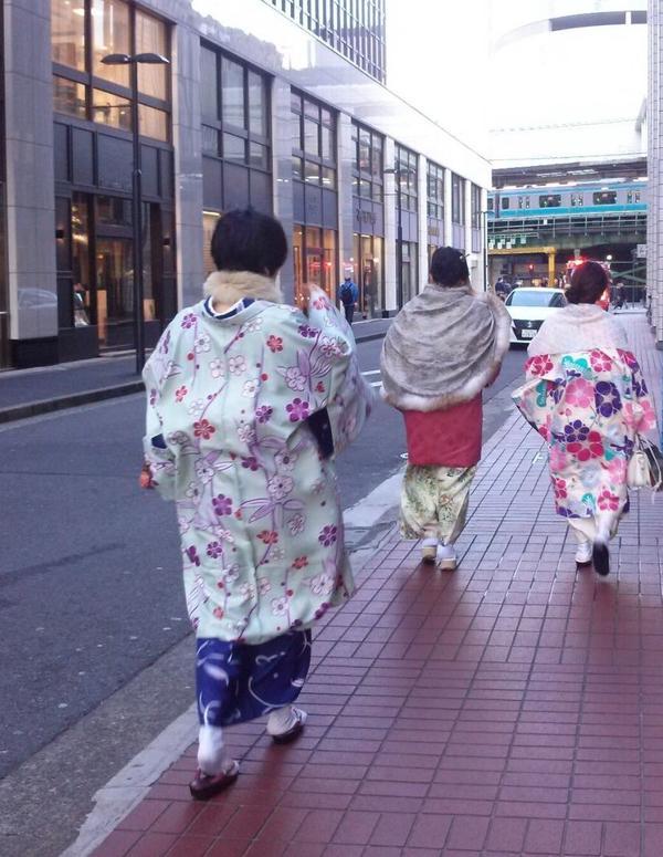 着物をきて街歩き♫