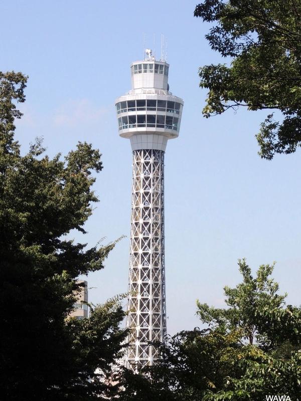 横浜マリンタワー(遠望)