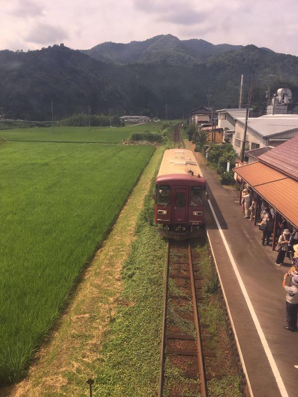 ローカル線長良川鉄道
