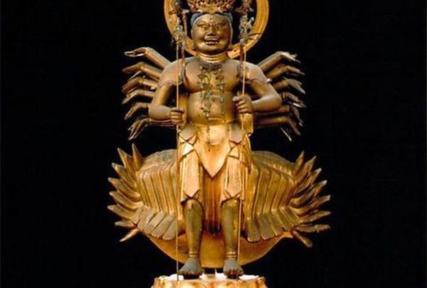 正妙寺の「千手千足観音」