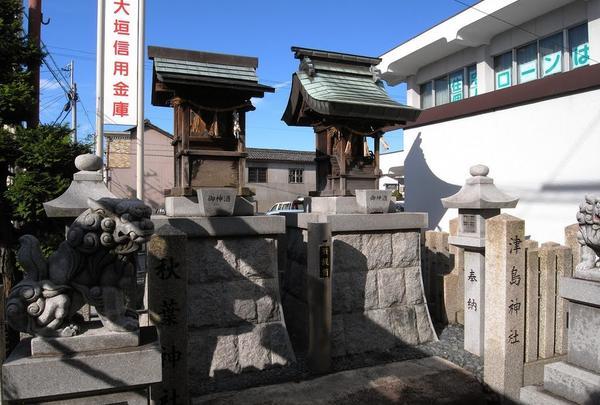 ペアの神社