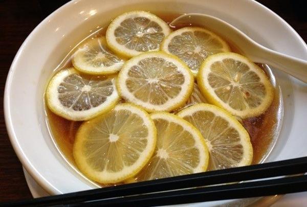 レモン中華そば \650円