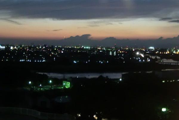 夕焼け・夜景を眺める