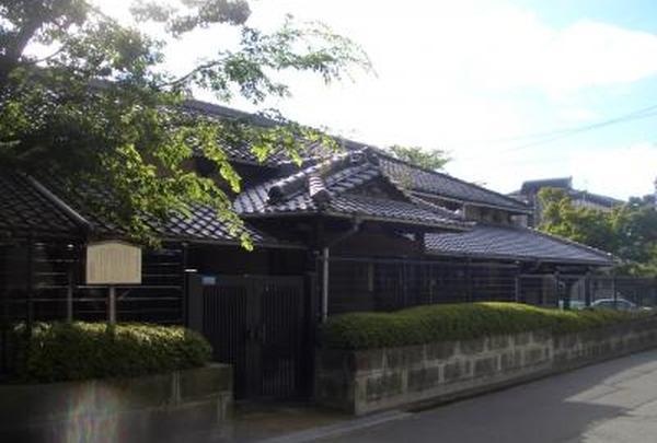 旧新田小学校校舎