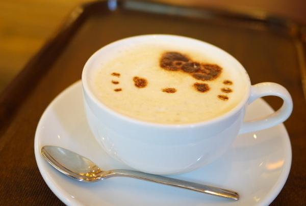 カフェドミキ ハローキティ Cafe de Mikiの写真・動画_image_42217